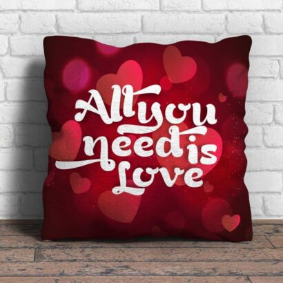 Cojín Frases All You Need Is Love