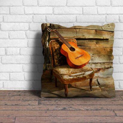 Cojin Vintage Guitarra Silla Antigua