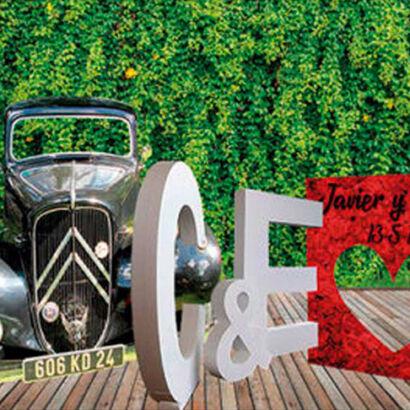 Photocall boda, letras de corcho y marco