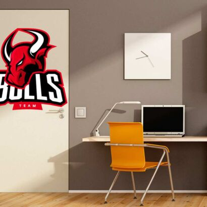 Vinilo Decorativo Puerta Bulls Team